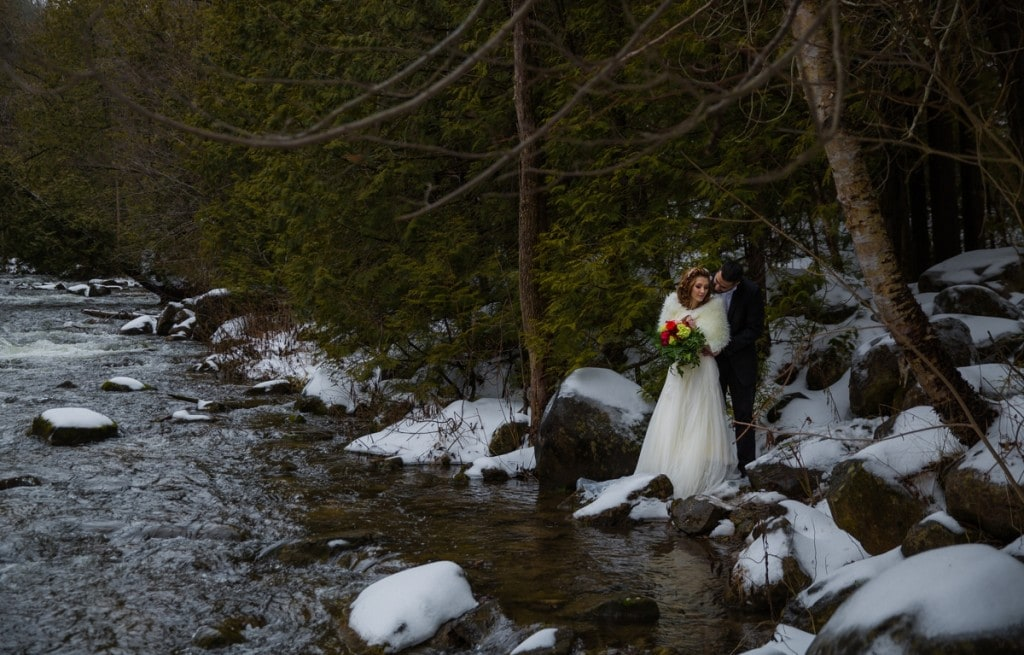 Creative Ontario riverside weddings