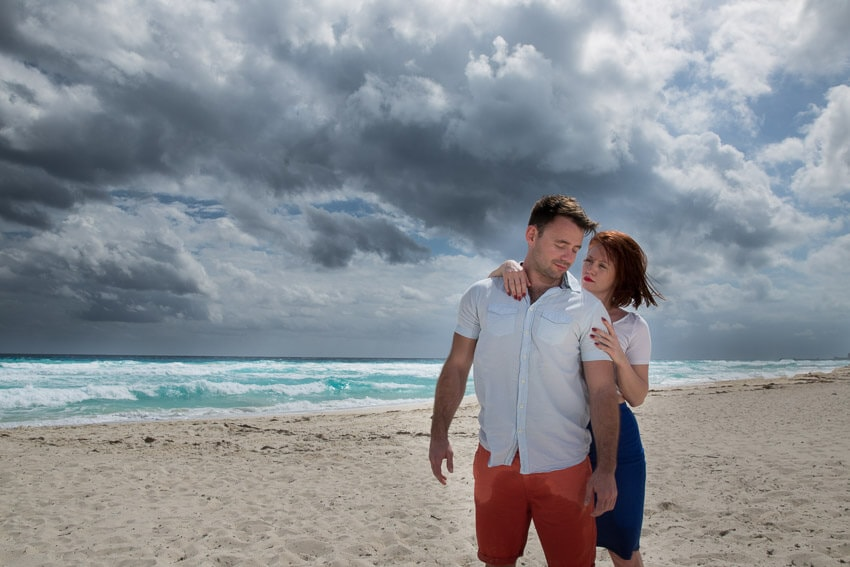 Tips to prepare for beach engagement photos. (6)