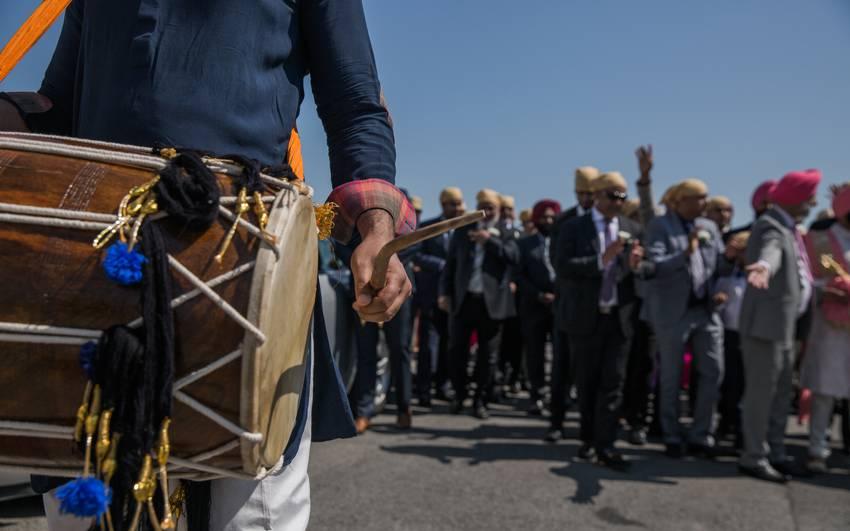 Royal-Sikh-Weddings-Montreal-Dhoil-Bharaat
