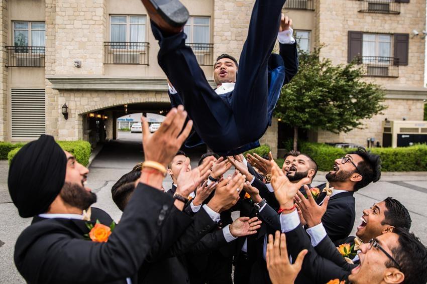 Fun-Photoshoot-Wedding-Photography