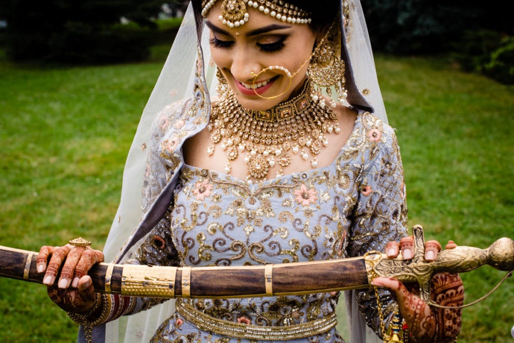 Zardozi-Bridal-outfit-sikh-wedding