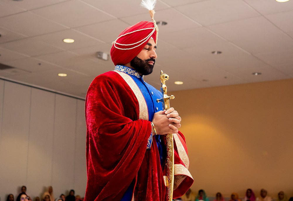 Indian Sikh groom entering Scarborough Sikh Gurdwara Toronto