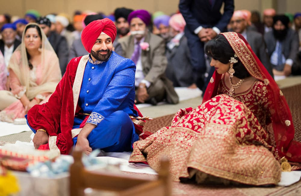 Indian bride and groom's first look at Scarborough Sikh Gurdwara Toronto