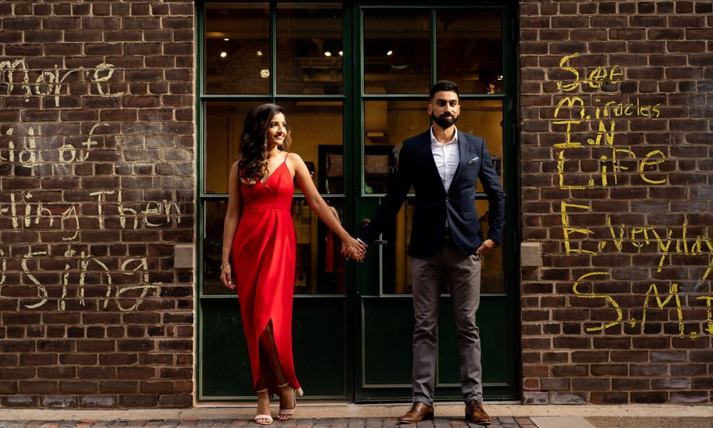 distillery-district-Toronto-Engagement-shoot