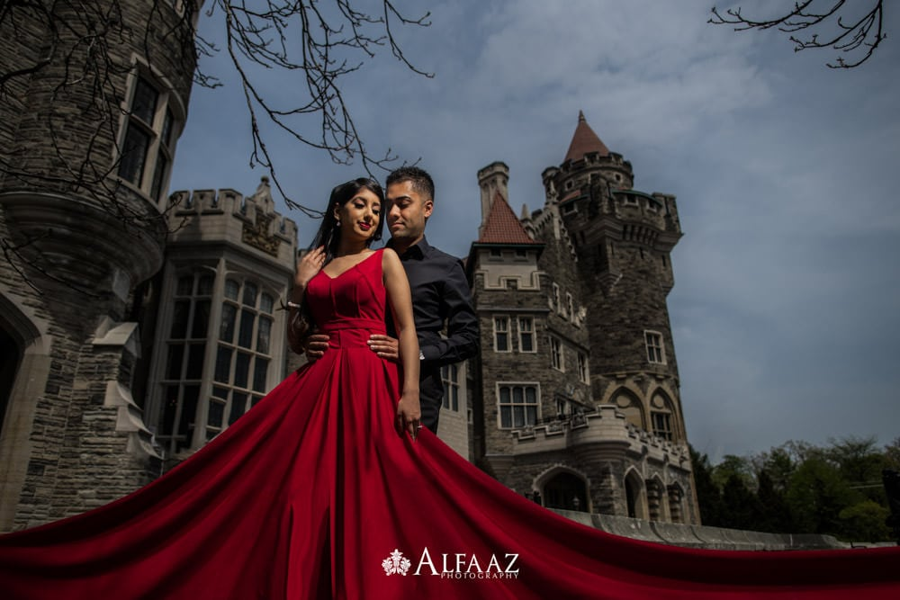 Casaloma-Engagement-Photoshoot