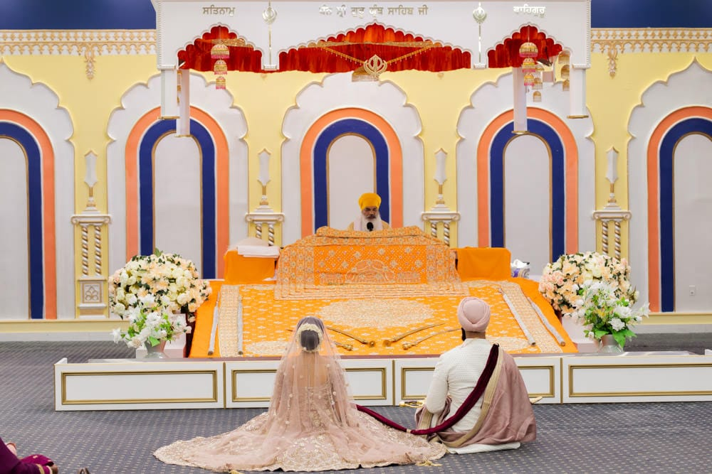 dixie-Gurdwara-Sikh-Wedding-Photographer